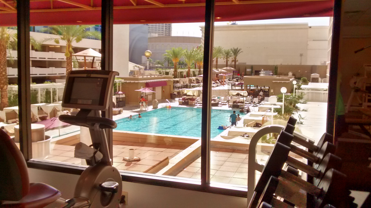 Harrah's pool from fitness center